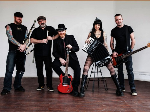 The Mahones (CAN)  & Swallow's Rose